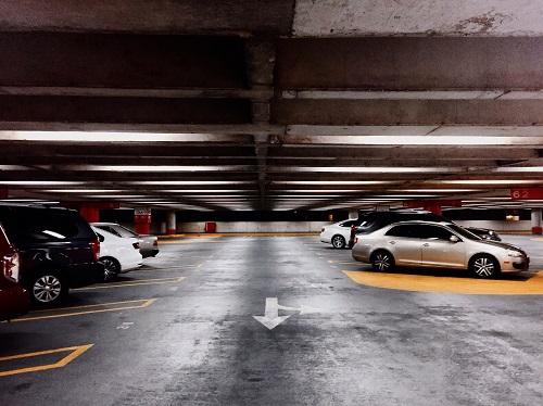 le meilleur parking voiture de luxe à Paris